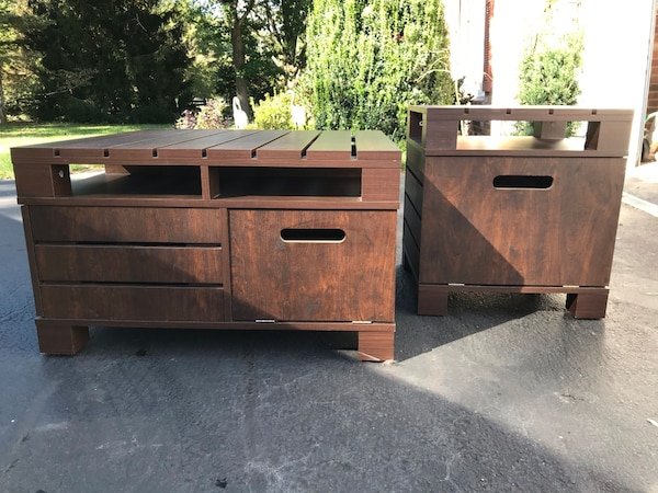 Matching Coffee and End Tables