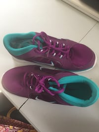 Nike Purple and Teal Tennis shoes Size 10 Pickerington, 43147