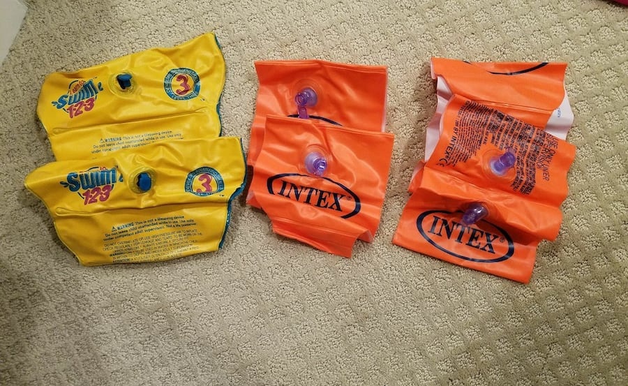 Kid arm floaties. All for $10. For 3-6 years old. 08ba92fe-a7ee-4ea7-85b5-80fd6f2a5d14