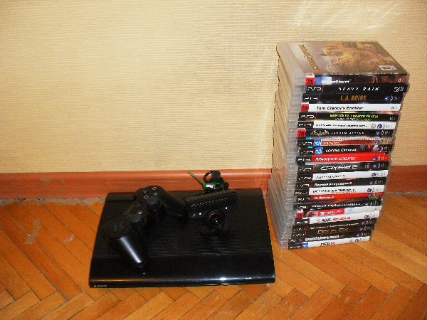super slim ps3  + 22 диска+ камера+ 500 гб MOSCOW