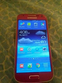 Pink Samsung Galaxy s4 android smartphone
