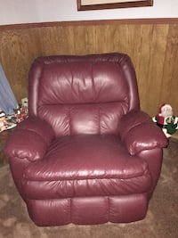 Burgendy :eather Couch and Recliner - like new