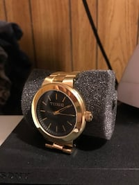 Gold watch Kelso, 98626
