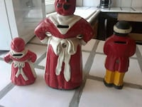 two red and white ceramic figurines Colfax, 95713