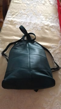 Backpack medium size Danier company Toronto, M8Y 1N7