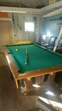 8 Foot (3 slate) Pool Table in good condition. Waldorf, 20603