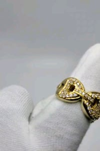 Iced out gucci diamond ring Toronto, M1K 1N8