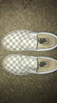 pair of white-and-gray checkered Vans slip-on shoes Menifee, 92586