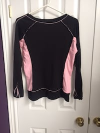 Lululemon top size 10 St. Catharines