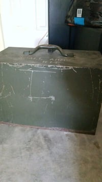 black and gray wooden chest box Georgetown, 78626