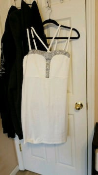 White party dress Sacramento, 95834
