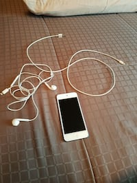 Ipod touch 6th generation blue 32 GB Vaughan