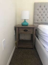 brown wooden 2-drawer nightstand Miami, 33132
