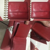 two red leather car seats 548 km