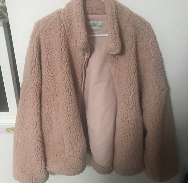 Urban Outfitters Teddy Coat  61fb9c01-471a-4aae-9545-85bc299f1581