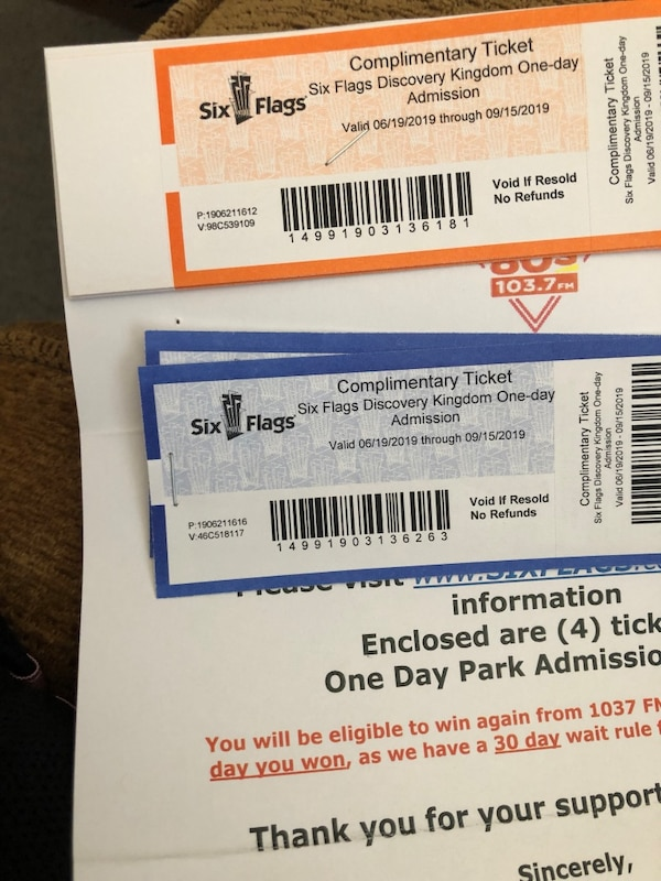 Six Flags Tickets (6)