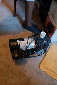 black and gray vacuum cleaner Bunnell, 32110