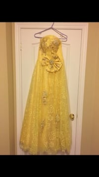 Yellow and Gold wedding floral gown worn once