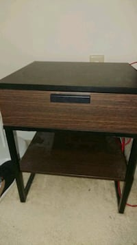 2 IKEA bedside tables