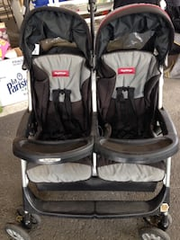 Peg Perego black and gray twin stroller Hampstead, H3X 2X4