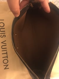 Black louis vuitton leather bag Lake Forest, 92610