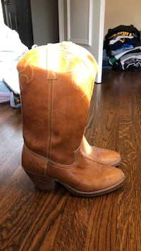 pair of brown leather cowboy boots Alexandria, 22310