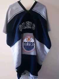 Oiler's Poncho/One of A Kind/Size-Large Edmonton, T5W