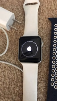 Apple watch Series 2, 42mm Silver Spring, 20904