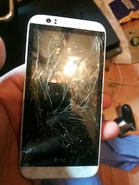 broken black Samsung Galaxy S3 Chester, 19013