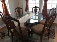 Dinning table with chairs Damascus