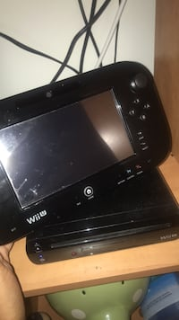 Wii U console and game pad Chamblee, 30341