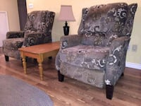 ******Stylish Reclining Chairs******250$$ O.B.O Burlington, L7L 4J6