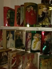 Collectable holiday Barbie dolls Cedar Hill, 75104