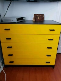Drawer chest Montréal, H8Y 1M1