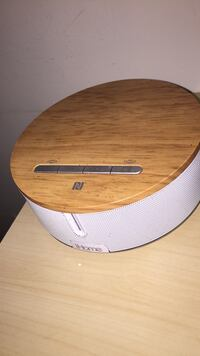 iHome Bluetooth speakers home small  Toronto, M4Y 2G9