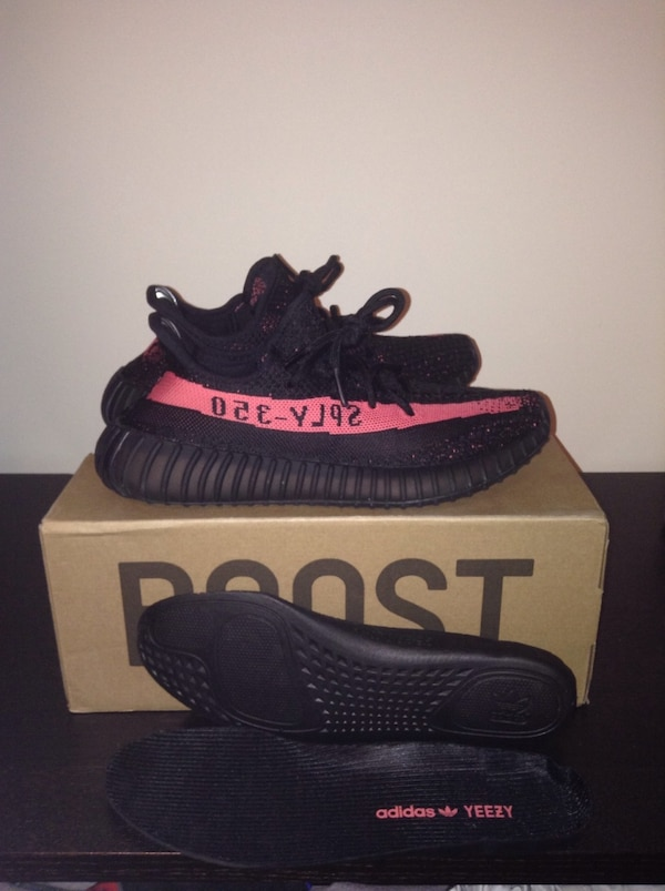 Yeezy red stripe size 9.5