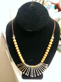 black and gold beaded necklace Waco, 76711