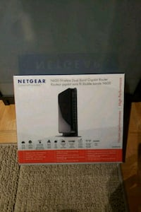 Netgear N300 wireless router box