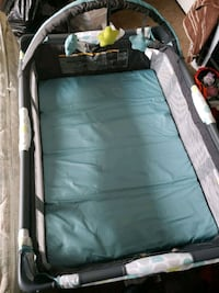 Graco bed and play  Tampa, 33612