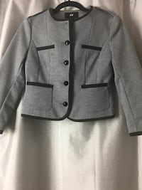 Gray button-up blazer   (Brand new) Milton