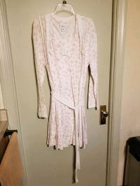 Two-piece nursing gown and robe