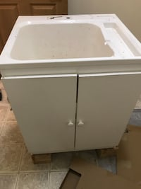 White utility sink with cabinet Covington, 98042