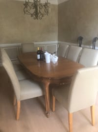Formal Dining Table with 8 chairs. Rockville, 20850