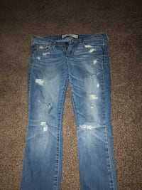 Blue denim distressed denim jeans Calgary, T3E 6N3