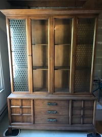 Brown wooden cabinet with shelf Huntingdon Valley, 19006