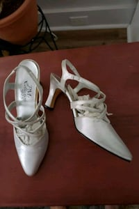 Silver shoes size 6 1/2