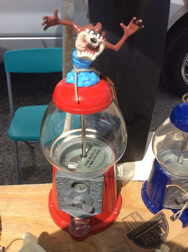Used Tazmanian Devil Gumball Machine For Sale In Tampa Letgo