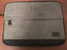 "13"" Targus laptop/tablet Sleeve"