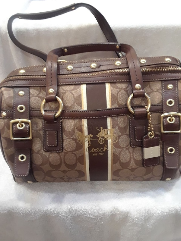 b73a0936ab4 Used AUTHENTIC BRAND NEW Coach large bag for sale in Hewlett - letgo