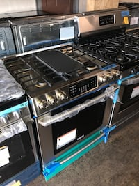 Electrolux 30in gas range 5 burners slide in 6 months warranty
